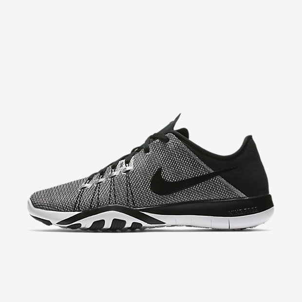 Nike Free TR 6 Print Women s Training Shoe. 0d4a2ca686