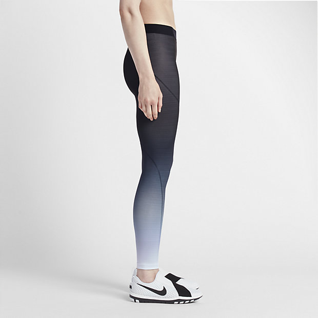 2d448c001c900e Nike Pro HyperWarm Women's Training Tights.